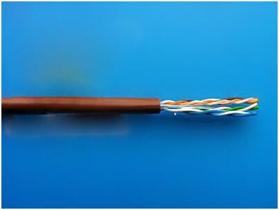 金属加强构件、中心管式、阻燃护套室内光缆