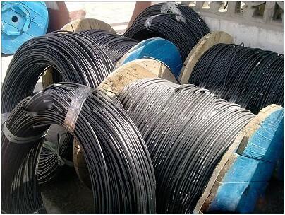 无金属元构件、紧套光纤、聚乙烯护套室内外光缆GJYFJY