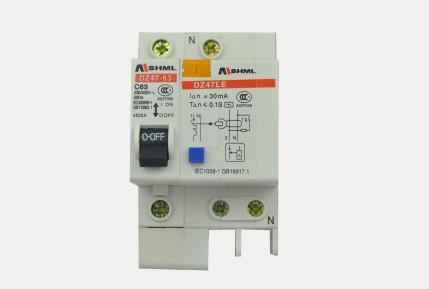 漏电保护器的作用是有效地控制断开家庭电路及漏电,电气事故的发生.