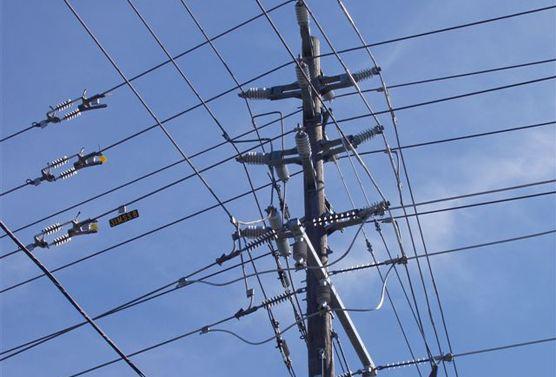 什么是架空电缆呢?和普通的电力电缆有什么区别呢?